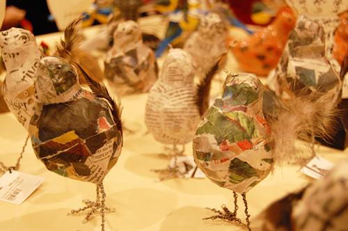 Kycklingar av Hildegun Martinsen Jones.  (Foto Kurbits)