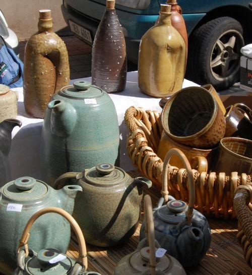 Tjeckisk keramik igen, vansinnigt mycket vackert handlade vi här. (Foto Kurbits)