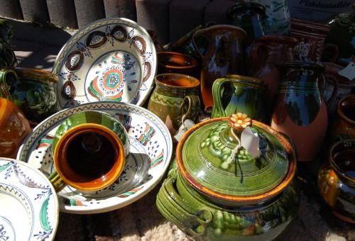 Keramik från Ungern i slovakiska Pezinok. (Foto Kurbits)