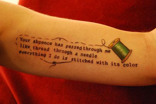 Catchy one-liner skriver att denna tatuering påminner henne om dem hon förlorat. (Foto Flickr/catchy one-liner)