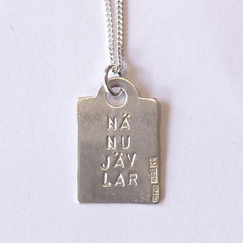 Silversmycke med attityd av Lisa Tofft. (Foto Lisa Tofft)