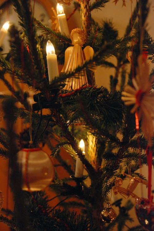 Kurbits aningen minimalistiska julgran anno 2010. God Jul! (Foto Kurbits)