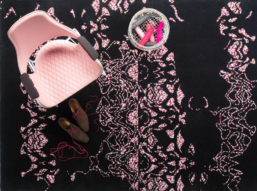 Embroidery, också den en vårnyhet från Kasthall. (Foto Kasthall)
