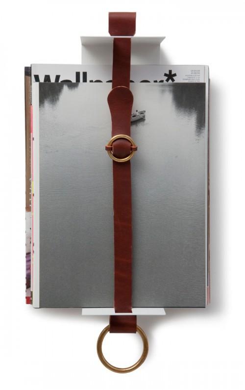 Tidningshyllan Strapp av Britta Teleman, ny produkt för Klong. (Foto Klong)