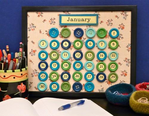 Gör din egen knappkalender! Craftypod och Craft visar vägen. (Foto www.craftypod.com)