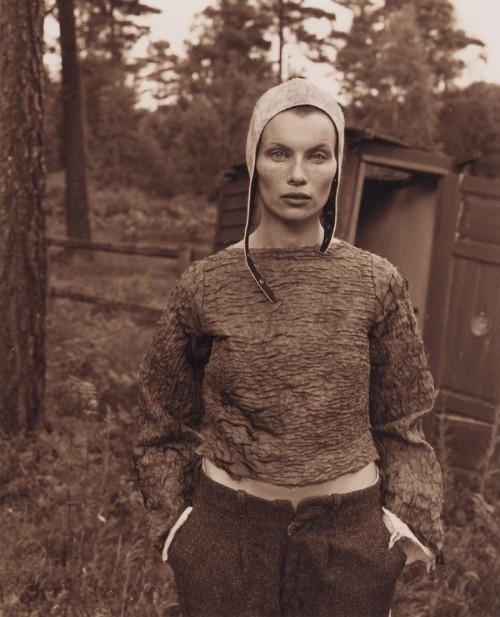 Halle&Lomakka visar sin tioåriga klädproduktion i filt och ull på Kulturen i Lund just nu. (Foto Halle&Lomakka)