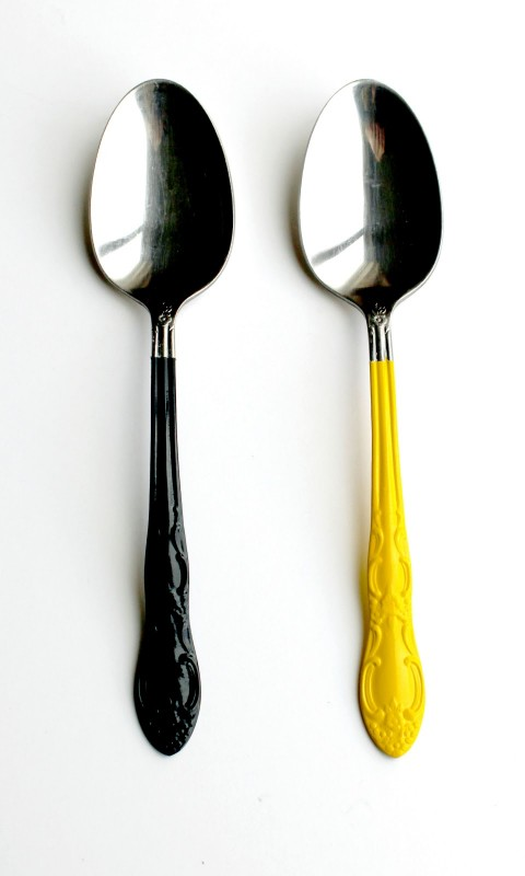 Vackra målade silverbestick! Gör dina egna, bloggaren http://creativelychristy.blogspot.com visar hur. (Foto från bloggen)
