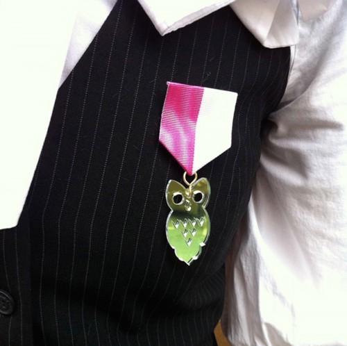Åh, en medalj! Av Lisa W Breitholtz, på Julform. (Foto Lisa W Breitholtz)