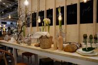 Formex inspirationsutställning Fågel, fisk eller mitt emellan, av Synnöve Mork innehåller en mängd traditionella hantverksreferenser, tillsammans med fokus på ljuset, rummet, känslor och sinnlighet, enligt Formex. (Foto Kurbits)
