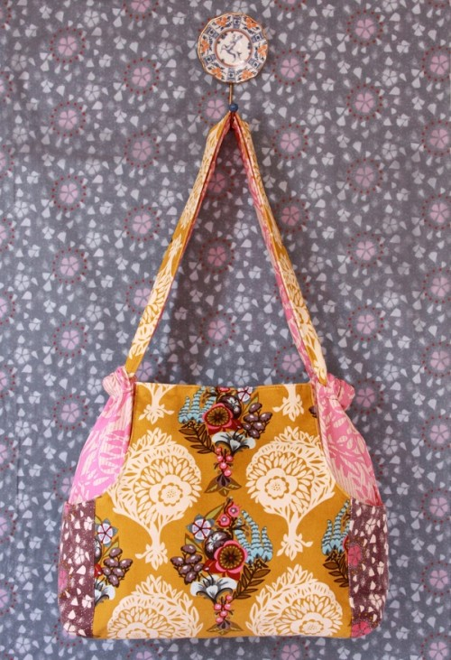 Anna Maria Horners multi tasker tote - smart mönster, fina färger. (Foto Anna Maria Horner)