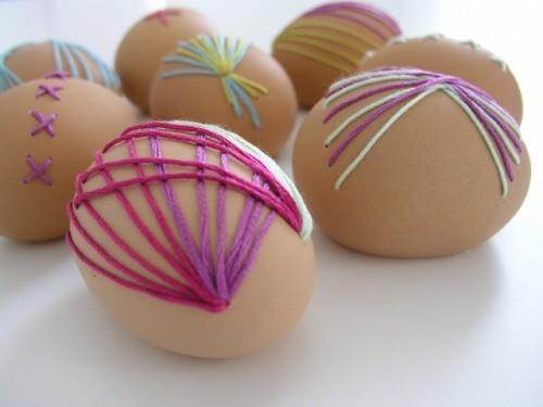 Broderade ägg av Brett Bara. (Foto Brett Bara)