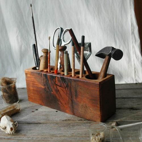 Ett ställ för dina verktyg kanske? Från Peg and Awl. (Foto Peg and Awl)