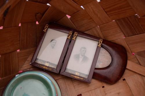 Min man föll mer för ramarna - komplett med familjeporträtten också! (Foto Kurbits)