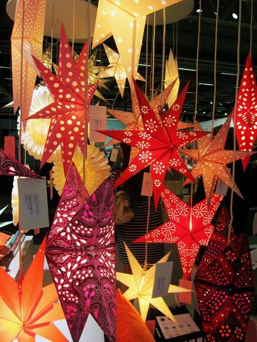 Det var inte alltför mycket känsla för jul trots att det faktiskt är inköpssäsong för det nu. Danska märket Bungalow blev en ny bektantskap, montern var full av pappersstjärnor, pappersvaror och indiska bomullstyger. Roligt! (Foto Kurbits)