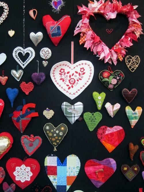 Alla dessa hjärtan! 380 stycken representerar föreningens alla medlemmar. (Foto Kurbits)