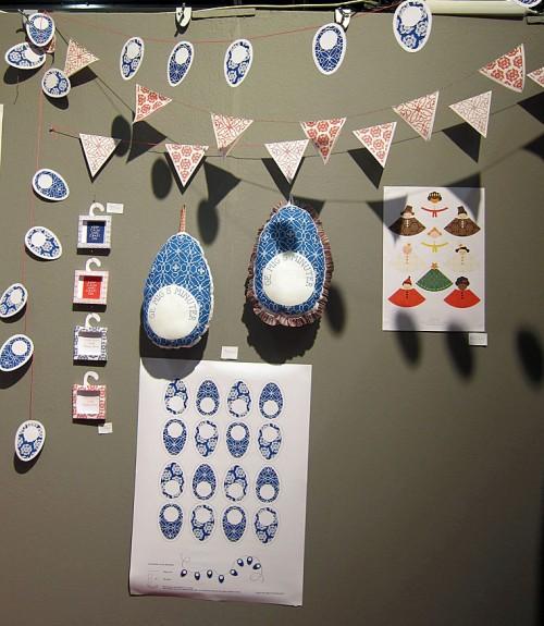 I mässans mer inredningsorienterade delar hittar jag Nordic Design Collective, marknadsplatsen på nätet för spännande formgivare. Här är Åsa Kax nya Craft my draft-produkter, mycket fint! (Foto Kurbits)
