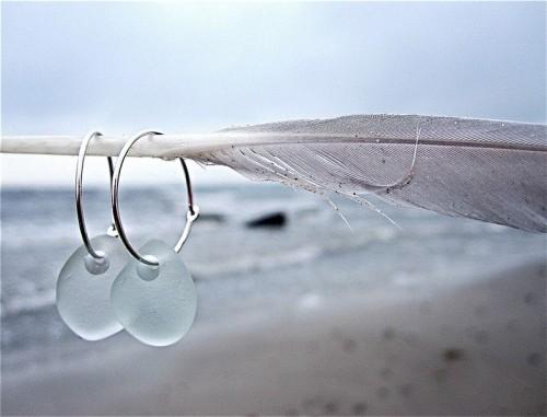 Örhängen från Havsglas. (Foto Maria Meissner Berg/Havsglas)