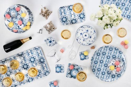 Åry Trays produkter av Bea Szenfelds folklore-Hello Kitty-mönster. Brickor, underlägg, coasters med mera. (Foto Jonas Lindström)