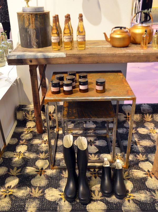 Den här mattan var en av mina favoriter också - tryckt mönster på ullbotten. (Foto Kurbits)