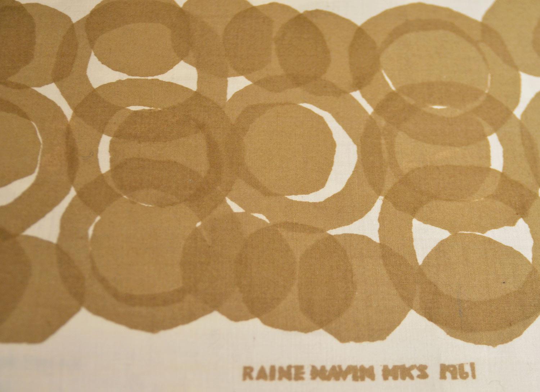 Loppisfynd! Provtryck från Raine Navin, 1961 för en tjuga från förra året. Funnen i mina tygsamlingar här hemma. (Foto Kurbits)