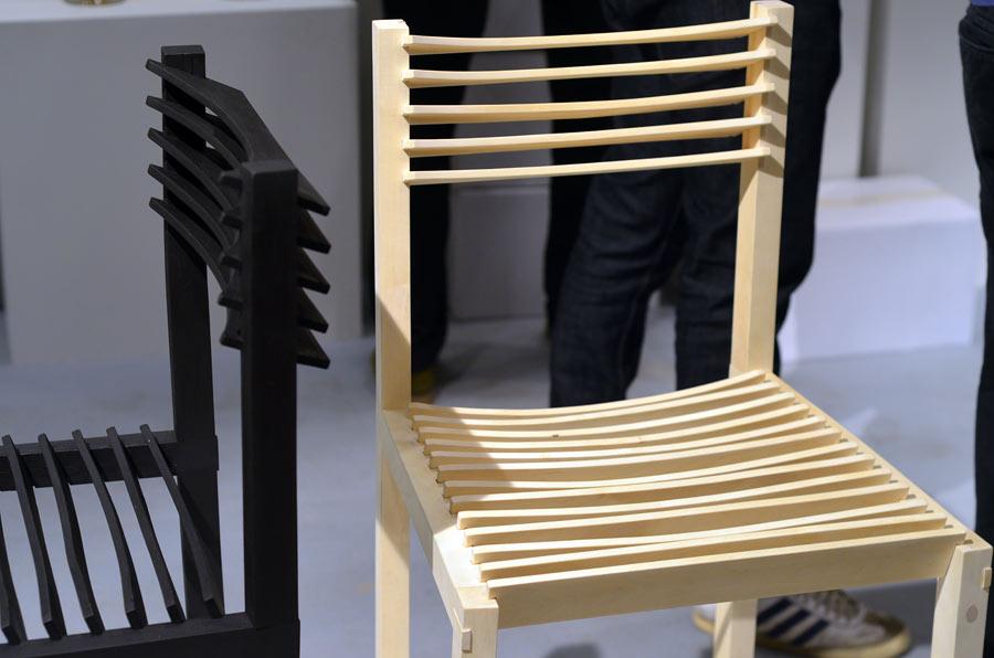 Möbelmässan: med materialet i händerna