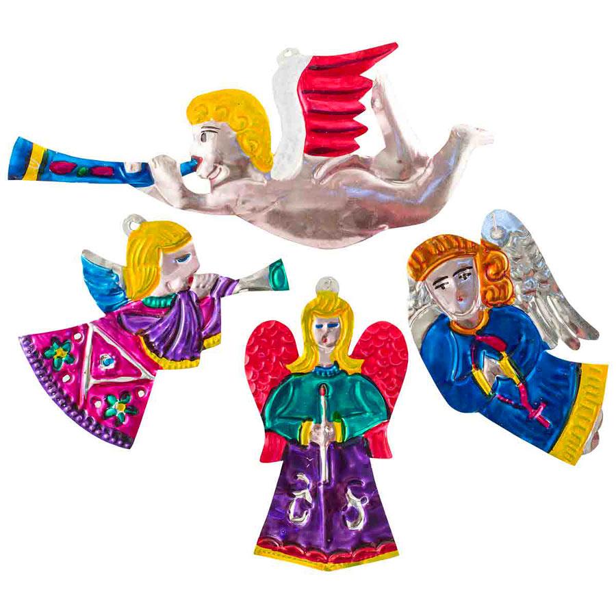 Och så fina fina änglar förstås. Toppen till granen, också från Mexiko. (Foto Afro Art)