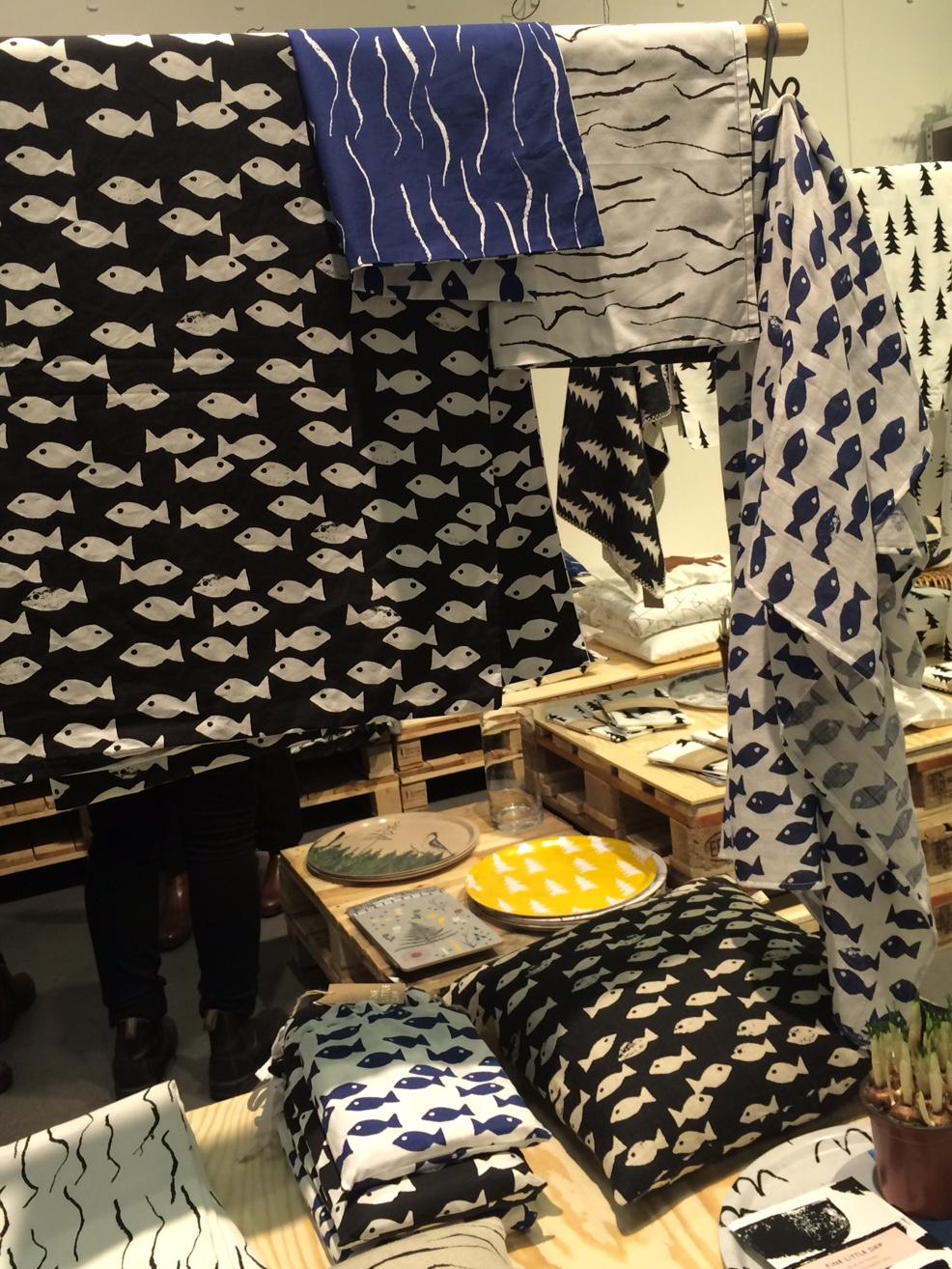 Mycket nytt och inspirerande i Fine Little Days monter - fina fiskar! Textil var något jag generellt blev mycket inspirerad av på mässan, här fanns mycket på temat. (Foto Kurbits)