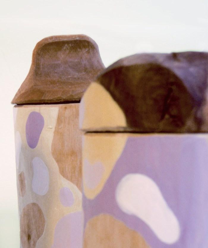 Krympburkar, kryddset i trä av Ulrika Roslund Svensson. (Foto Ulrika Roslund Svensson)