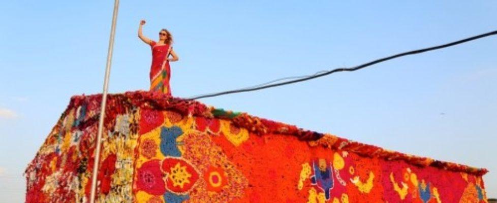 Olek virkar för hemlösa kvinnor i Indien