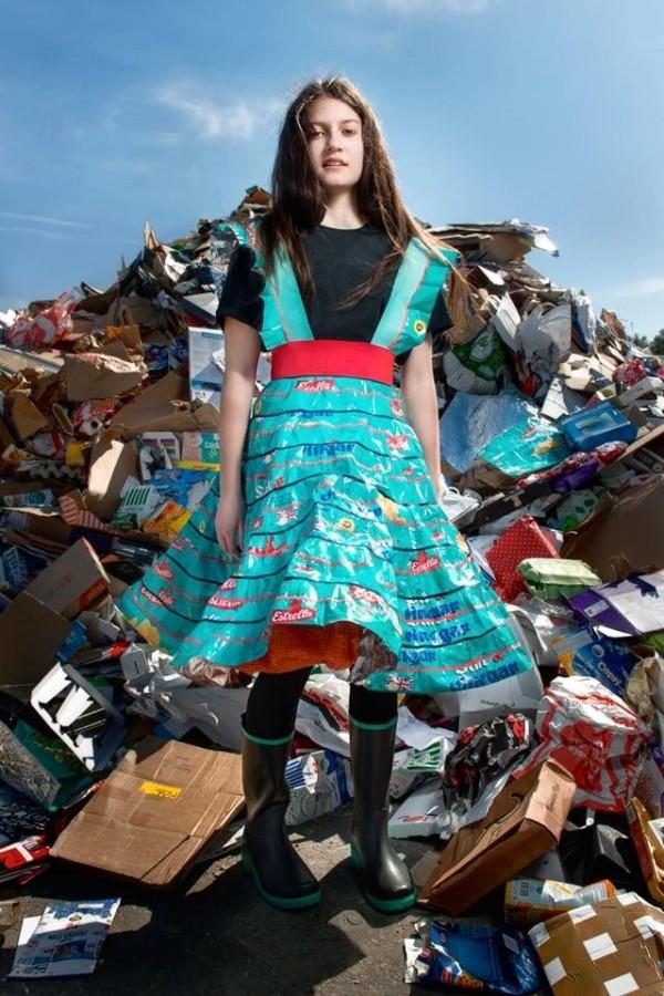 Ett av Johannas senaste arbeten, från Project Prescious Trash. Ett av de verk hon visar upp på bild i Moskva just nu. (Foto Johanna Törnqvist)