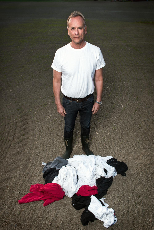 Insamlade kläder blir i Project Precious Trash till... (Foto Fredrik Sederholm)