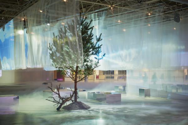 Formex tema var Nordic Space, vilket illustrerades på detta vis, i entrén till mässan. (Foto Formex)