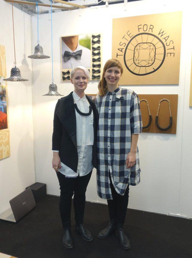 Nystartade Taste for Waste; Pernilla Persson (tv) och Jenny Fingal. Göteborgsbaserad duo med engagemang i att skapa arbeten i Kenya.