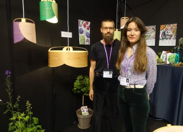 Sloydlab - designer Matilda Hunyadi och säljansvarig Staffan Johansson. Nystartad duo som jag tror kommer låta höra av sig framöver. (Foto Kurbits)
