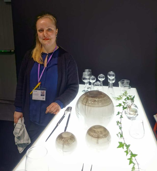 I Design Talents-avdelningen hittade jag den duktiga glasblåsaren Nina Johanna Christensen, riktigt stiliga arbeten från henne! (Foto Kurbits)