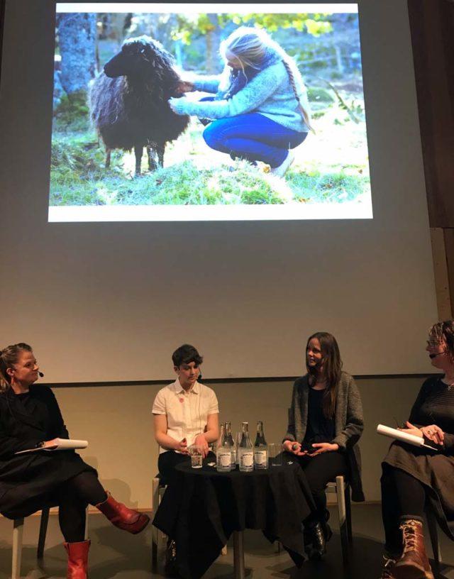 """""""Det roligaste är nog att få göra allt från grunden, från får till färdigt garn"""", säger Solkustens ägare Ingrid Danielsson. (Foto Linnéa Ögman)"""