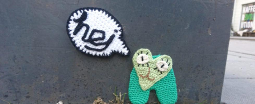 Fira International Yarnbombing Day!