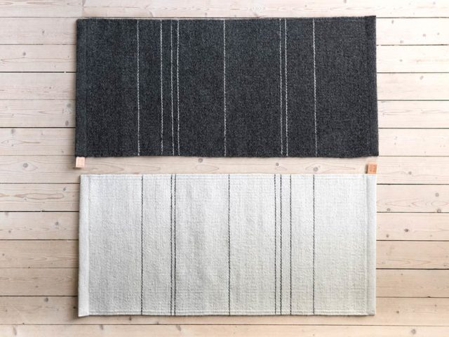 Vävda mattor, Sand line, från Eldblå. (Foto Anna Sundström)