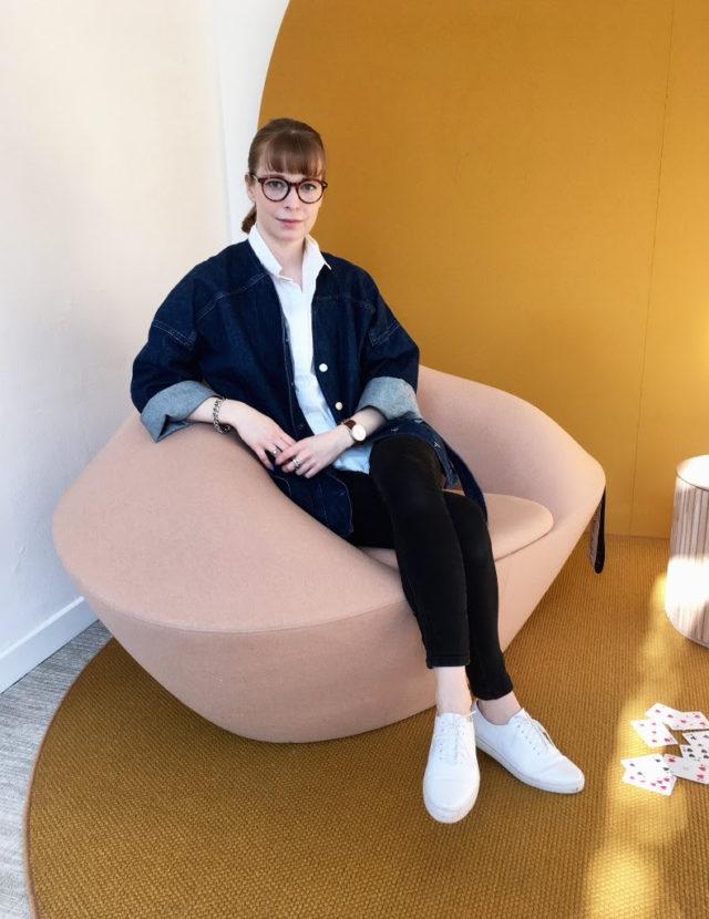 Så här ser hon ut, Årets förnyare 2018! Jennie Adén är Föreningen för Svensk Hemslöjds nya stipendiat. Kom och var med oss när vi delar ut priset, 10 oktober på Svensk Hemslöjd!. (foto Jennie Adén)
