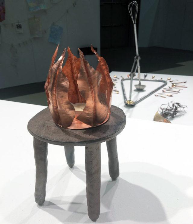 Leksands folkhögskola med sina kurser bokbinderi, keramik och metall var på plats för att visa upp sina arbeten. Här urval från linjen för metall. (Foto Kurbits)