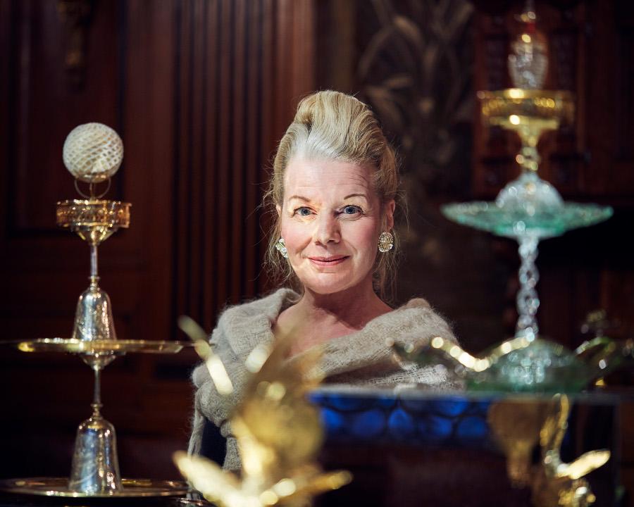 Charlotte Birnbaum, innehavare av tallrik 9 i Gastronomiska sällskapet och tillika kreatör och författare. Expert på bordsdekorationer genom historien och nu aktuell på Hallwylska museet. (Foto Erik Lernestål)
