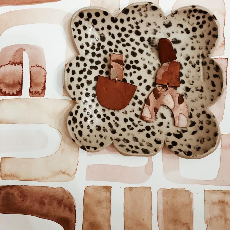 Sointu Johanssons har med sig keramik, prints och smycken med inspiration från naturen och dess organiska former. Besök henne och de många övriga utställarna på À la London, öppet lördag och söndag. (Foto@sointujohansson)