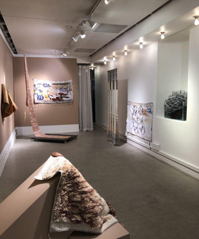 Utställningen Butterfingers pågår på Konsthantverkarna fram till 29 januari. (Foto Kurbits)
